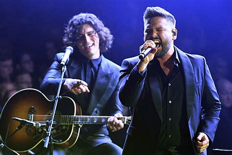 Dan + Shay's 'Tequila' at 2019 Grammy Awards Is Good to