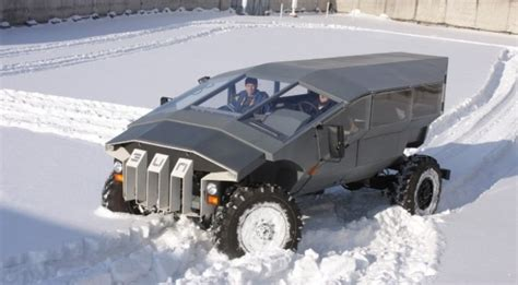 Russian Humvee Built by ZIL Looks Very Futuristic