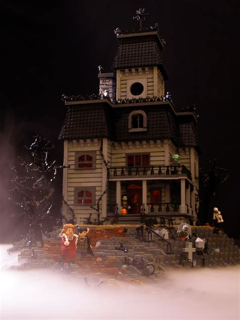 Haunted House 01 | For ages I've wanted to do a haunted
