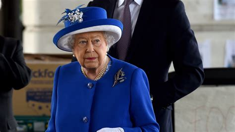 Queen acknowledges 'sombre national mood' in birthday