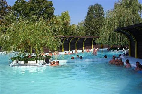Thermal Camping - Komárom - Hungary | Find and book with ACSI