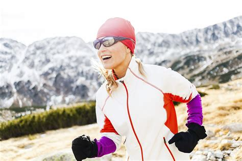 What to Wear For Winter Running | POPSUGAR Fitness
